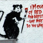 banksy-out-of-bed-rat-274655[1] - Copie